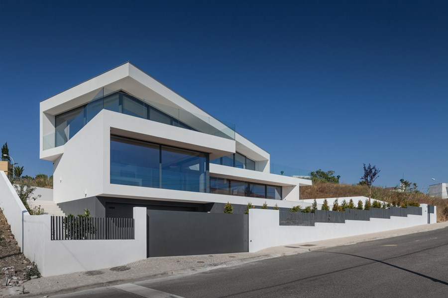 JC House by JPS ATELIER 23