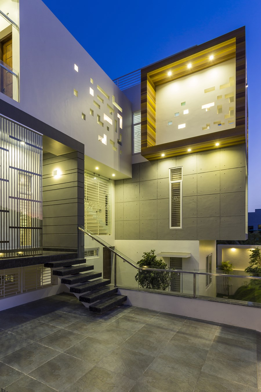 Jose Anand house by Designpro Architects 23