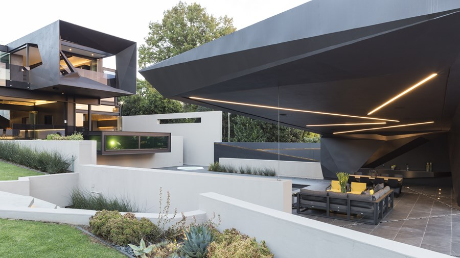 Kloof Road House by Nico van der Meulen Architects 03