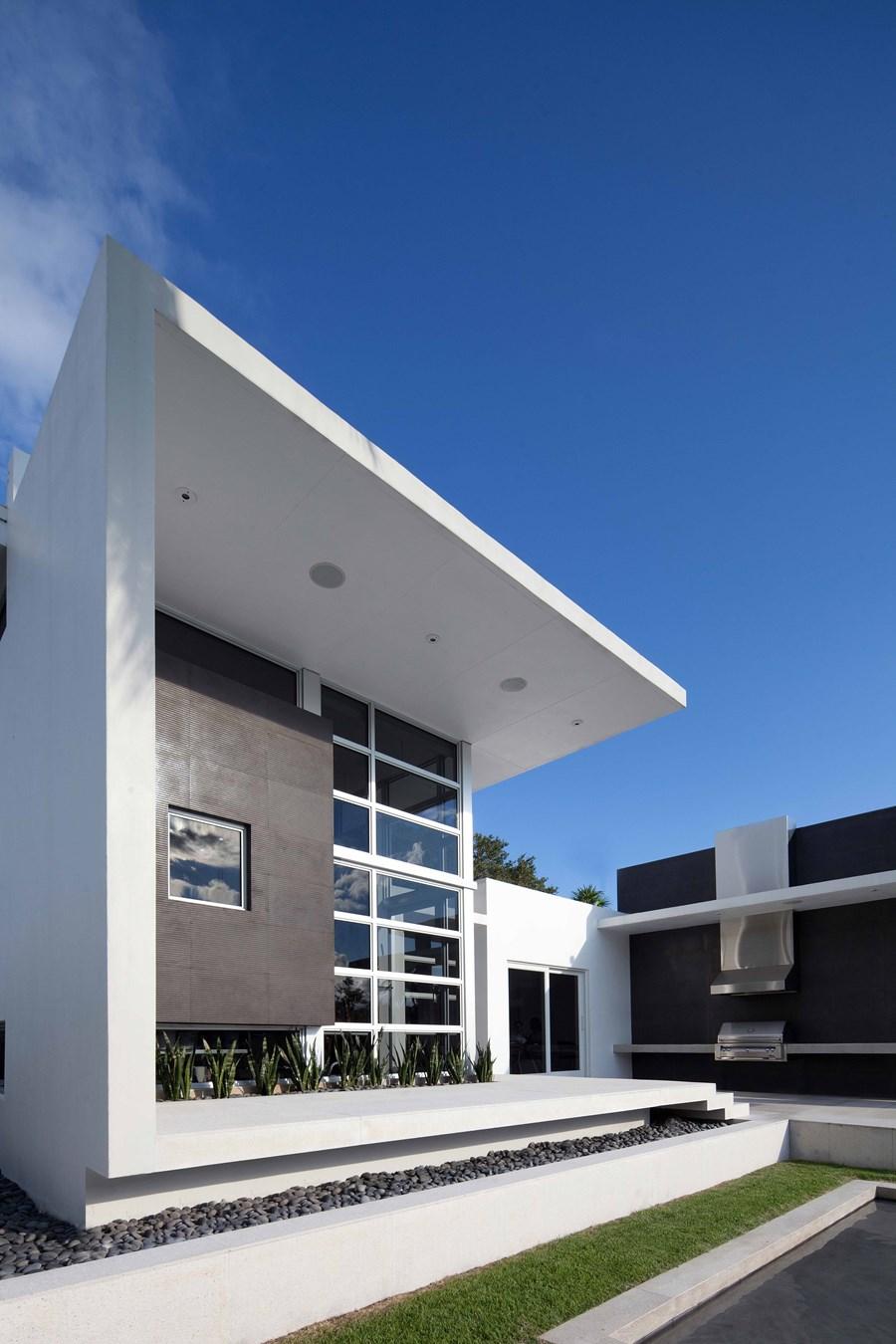 Lakewood Art Studio by KZ Architecture 21