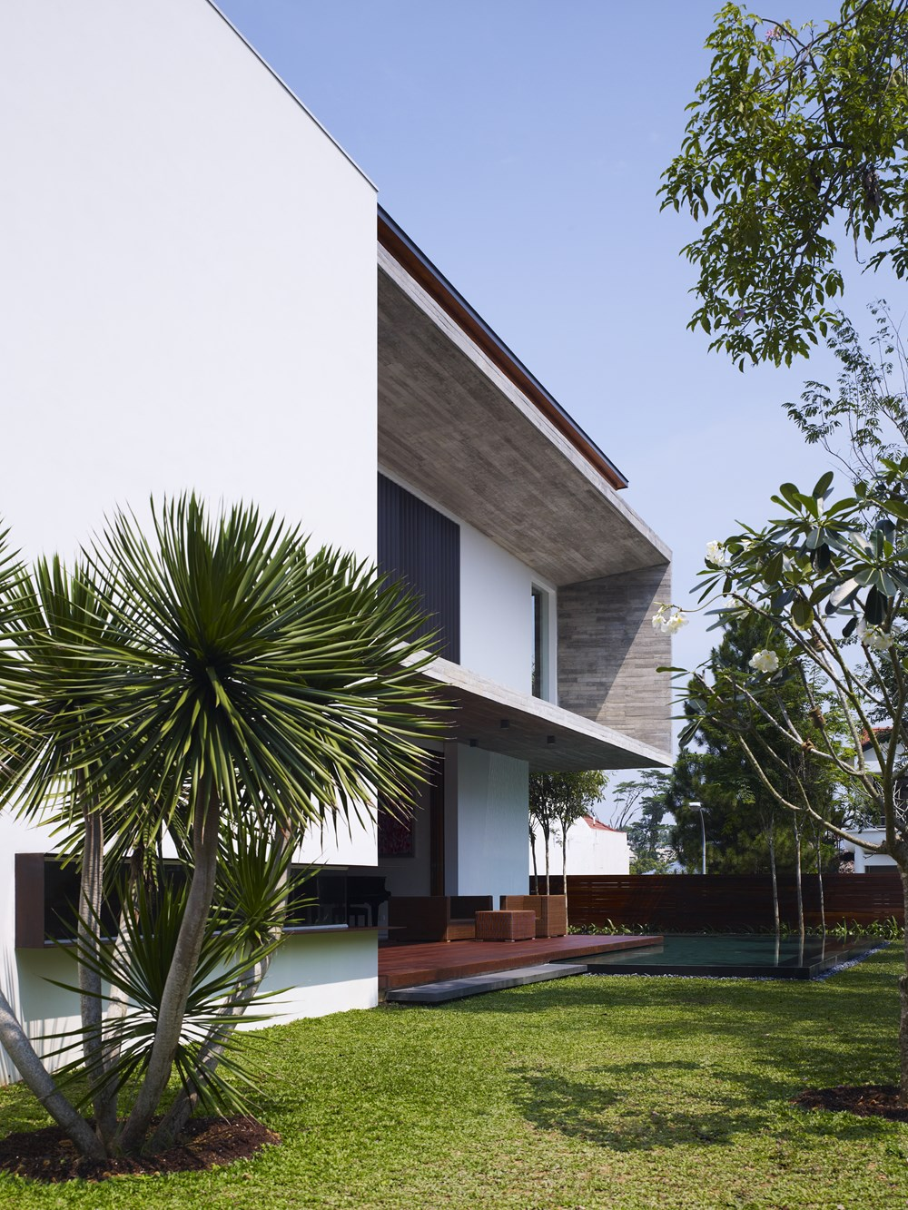M-House by ONG&ONG 17