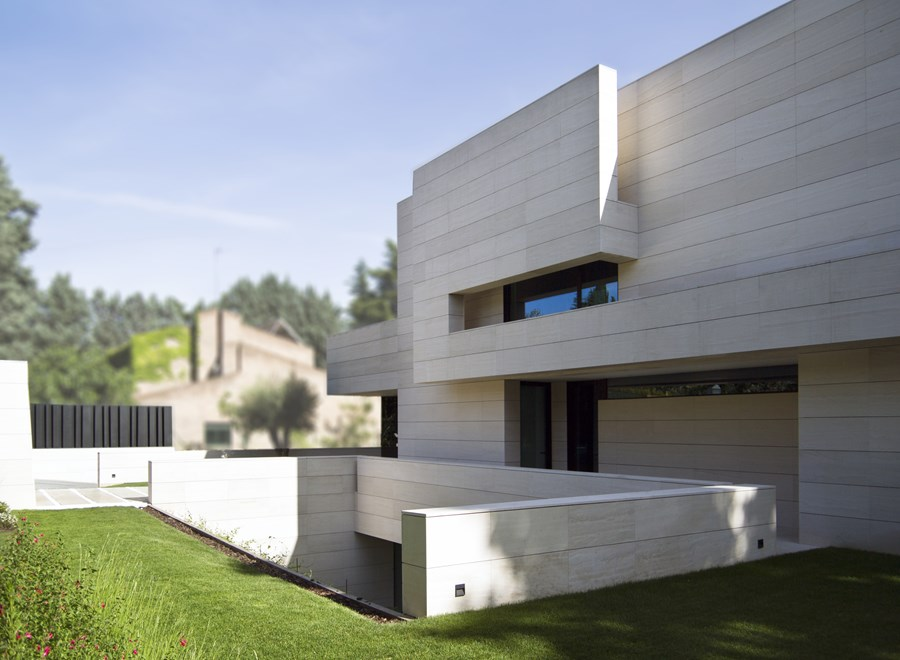 Park House by  A-cero 25