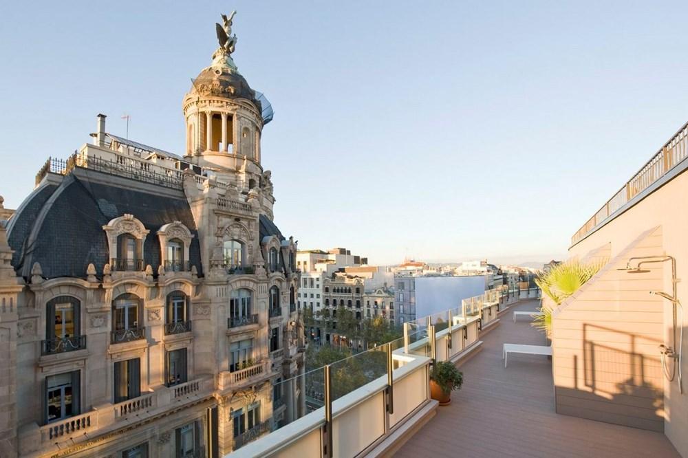 Paseo de Gràcia Penthouse by Colombo and Serboli Architecture 11