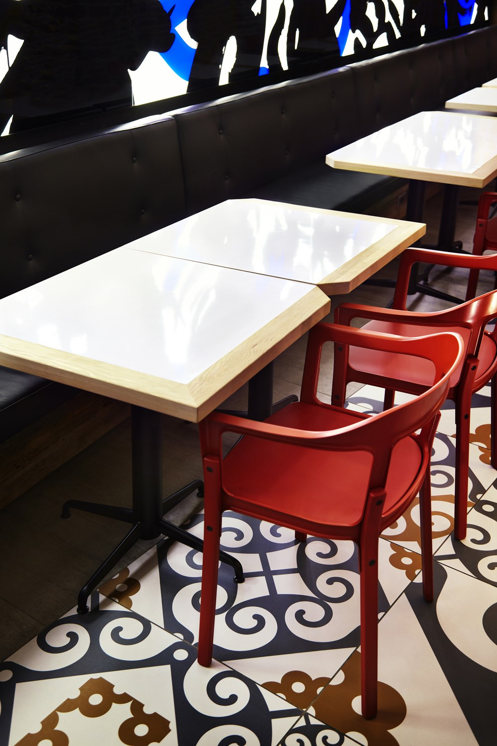 Refin tiles Perfect Accent for Gaudi-inspired Restaurant 04