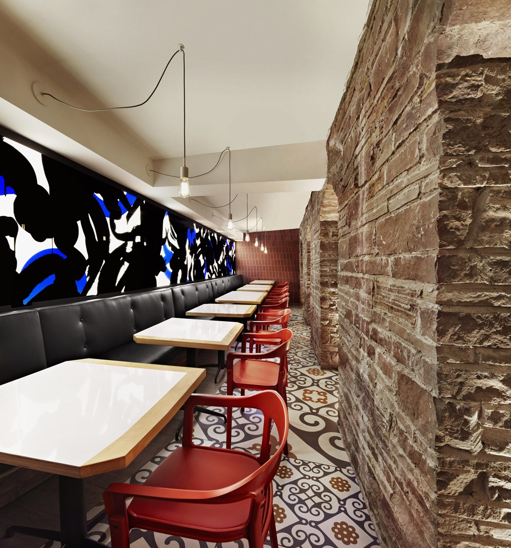 Refin tiles Perfect Accent for Gaudi-inspired Restaurant 05