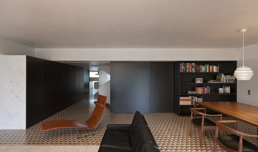 Rehabilitation of an apartment by Correia Ragazzi Arquitectos 05