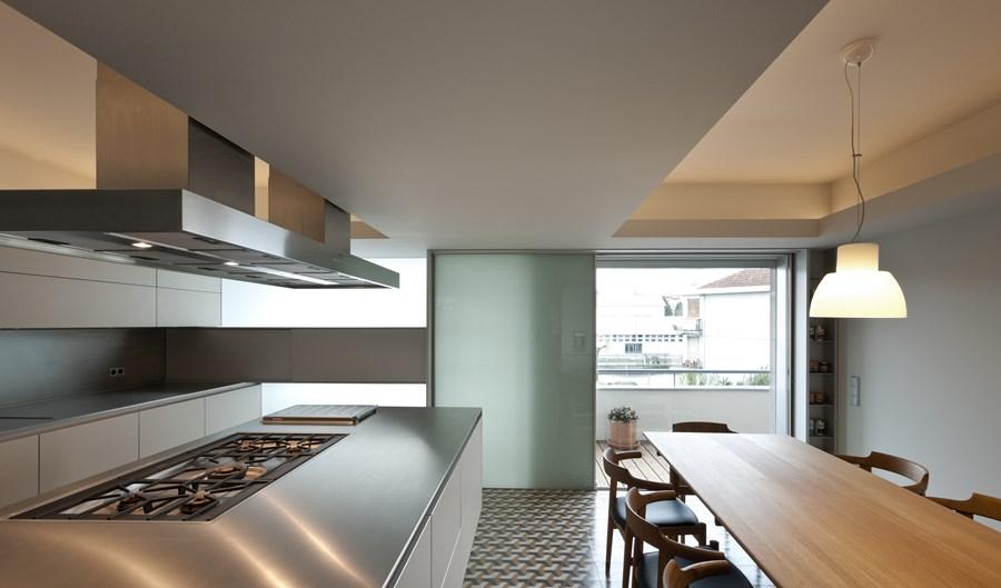 Rehabilitation of an apartment by Correia Ragazzi Arquitectos 07