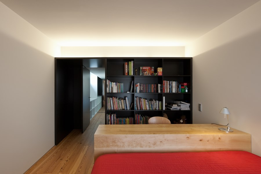 Rehabilitation of an apartment by Correia Ragazzi Arquitectos 17