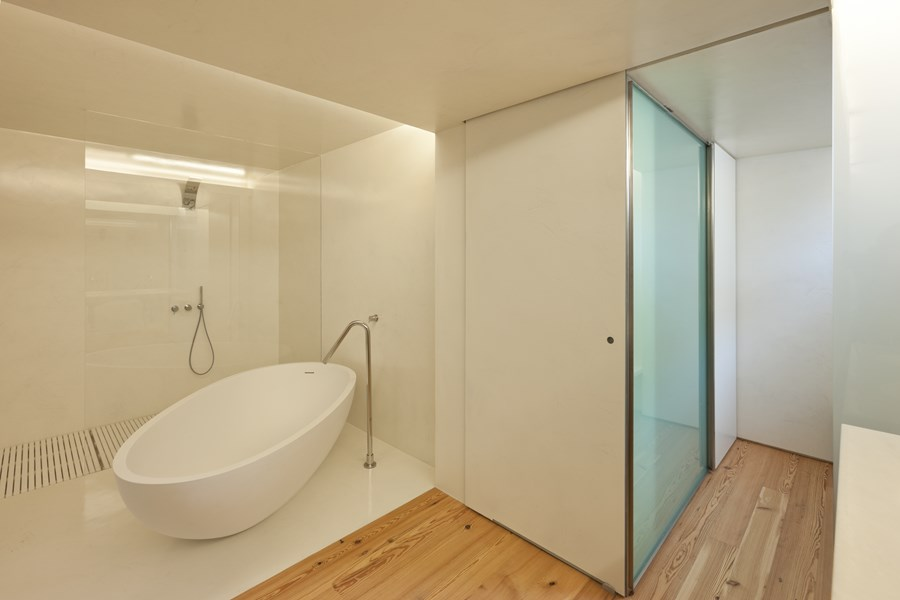 Rehabilitation of an apartment by Correia Ragazzi Arquitectos 23