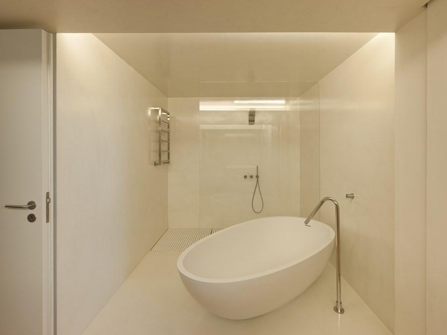 Rehabilitation of an apartment by Correia Ragazzi Arquitectos 24