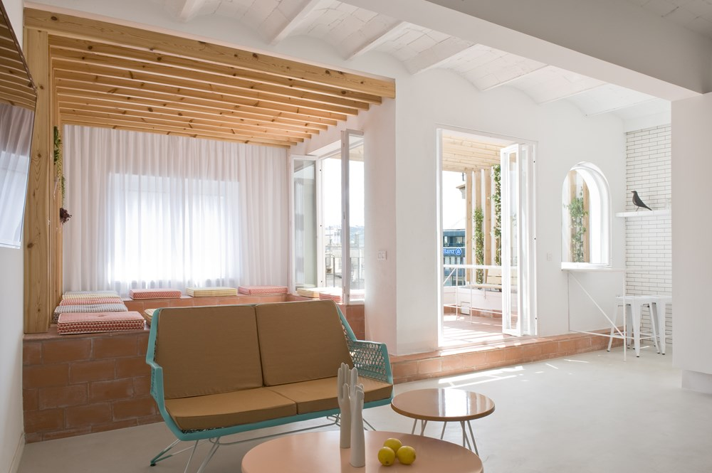 Rocha Apartment by Colombo and Serboli Architecture 11