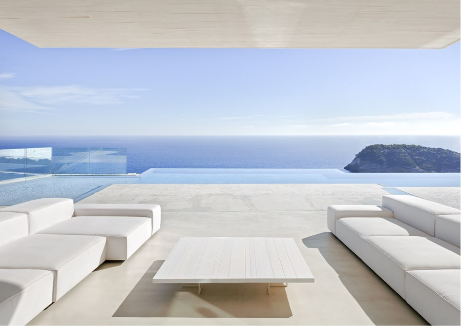 Sardinera House by Ramon Esteve 05