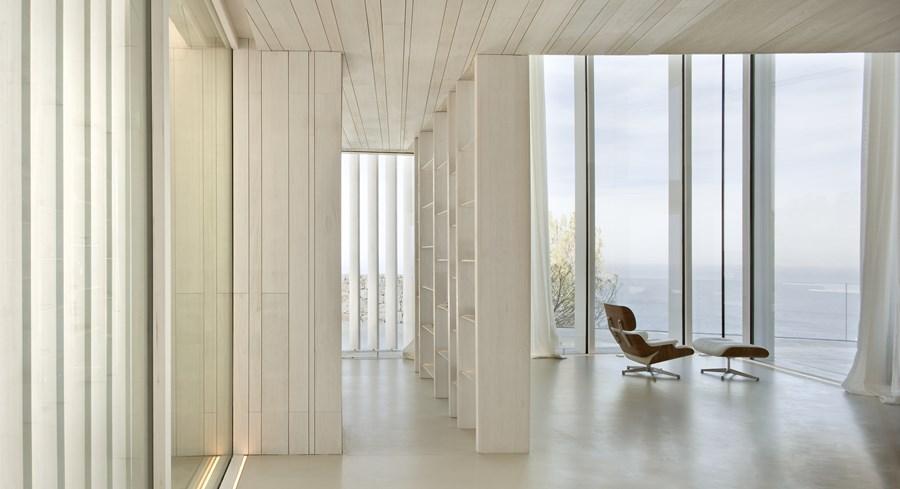Sardinera House by Ramon Esteve 13