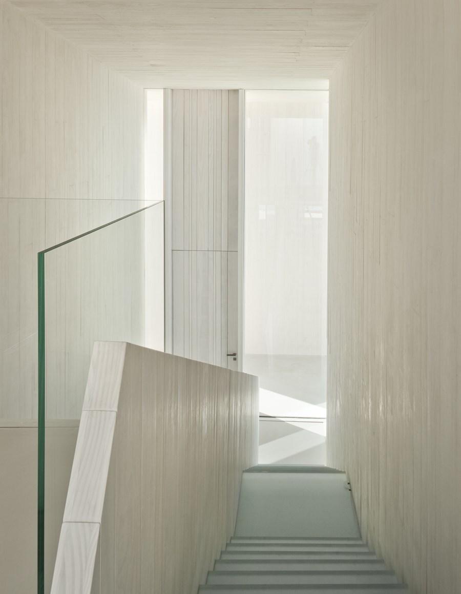 Sardinera House by Ramon Esteve 22