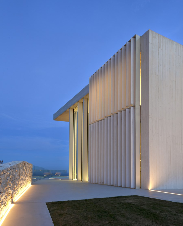 Sardinera House by Ramon Esteve 24