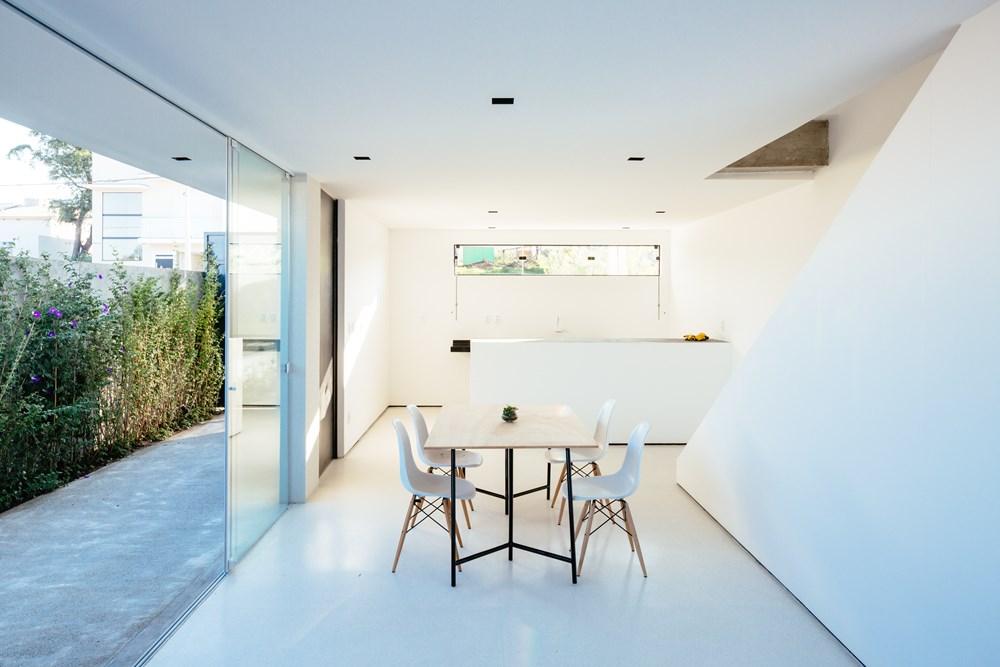 Sorocaba House by ESTUDIO BRA 04