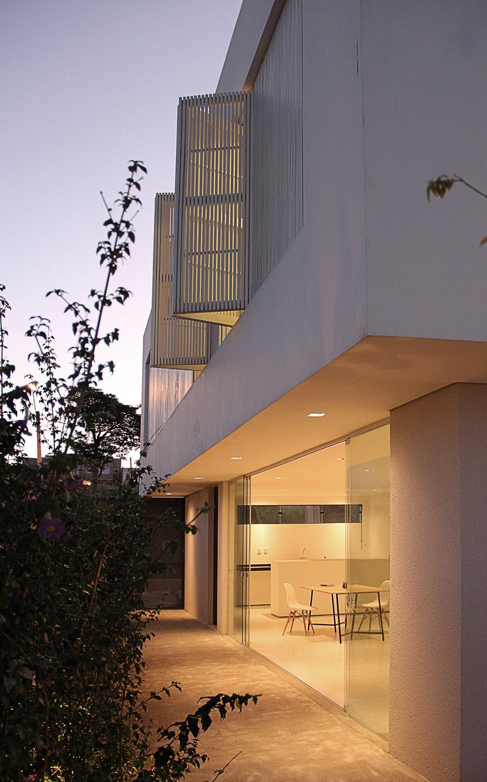 Sorocaba House by ESTUDIO BRA 15