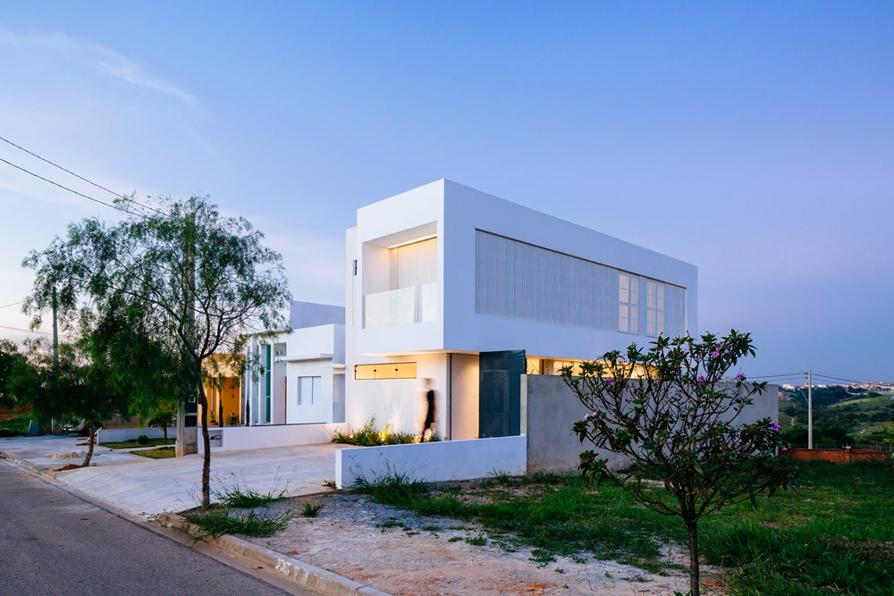 Sorocaba House by ESTUDIO BRA 17