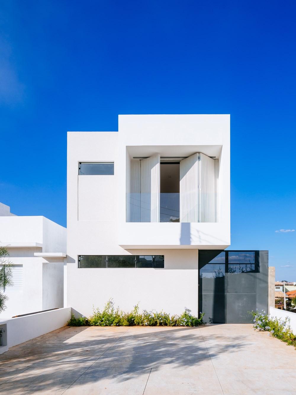 Sorocaba House by ESTUDIO BRA 18