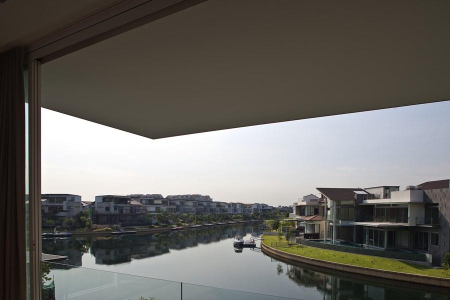 Sun Cap House by Wallflower Architecture + Design 05