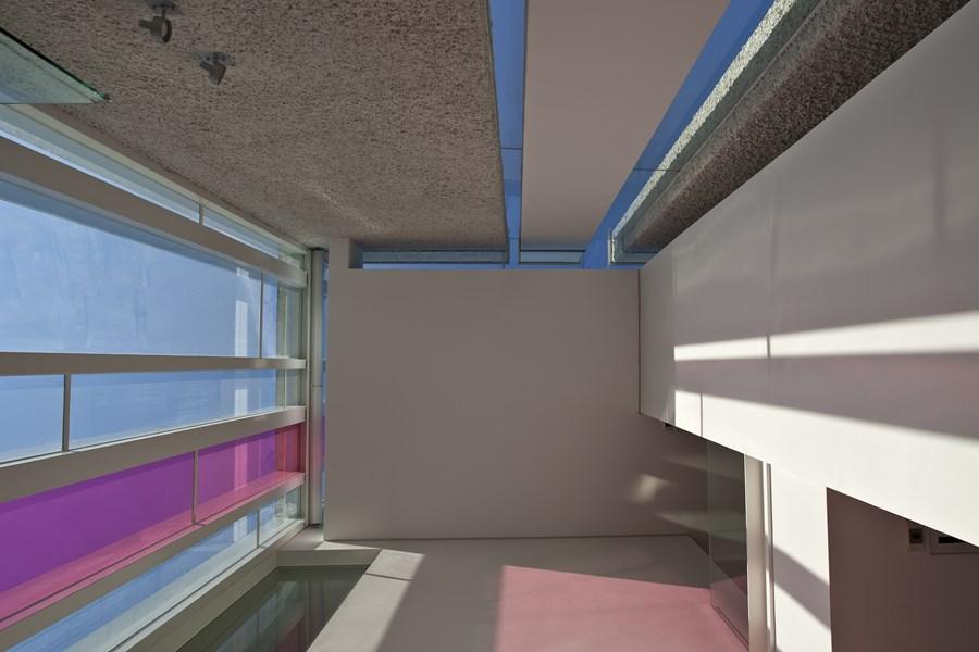 Sun Cap House by Wallflower Architecture + Design 13