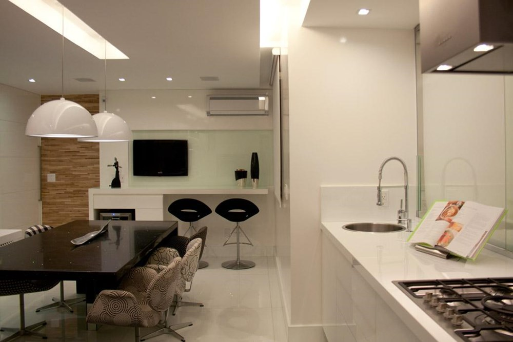 The BWW Apartment by Paula Martins Arquitetura, Interiores e Detalhamento 07