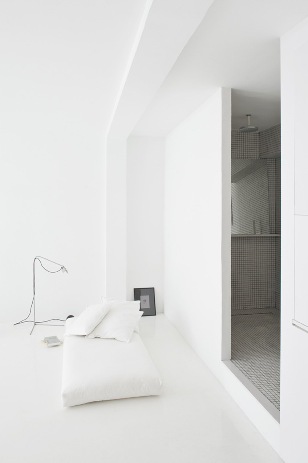 The White Retreat by Colombo and Serboli Architecture 05