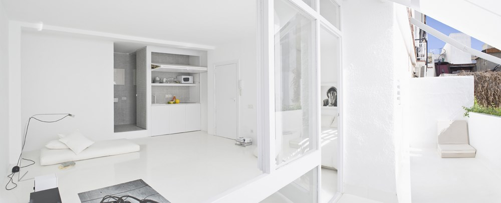 The White Retreat by Colombo and Serboli Architecture 16