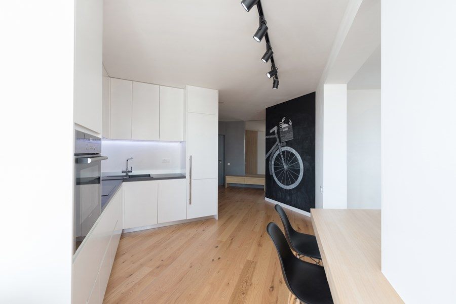 Apartment with a map by Lugerin Architects 03