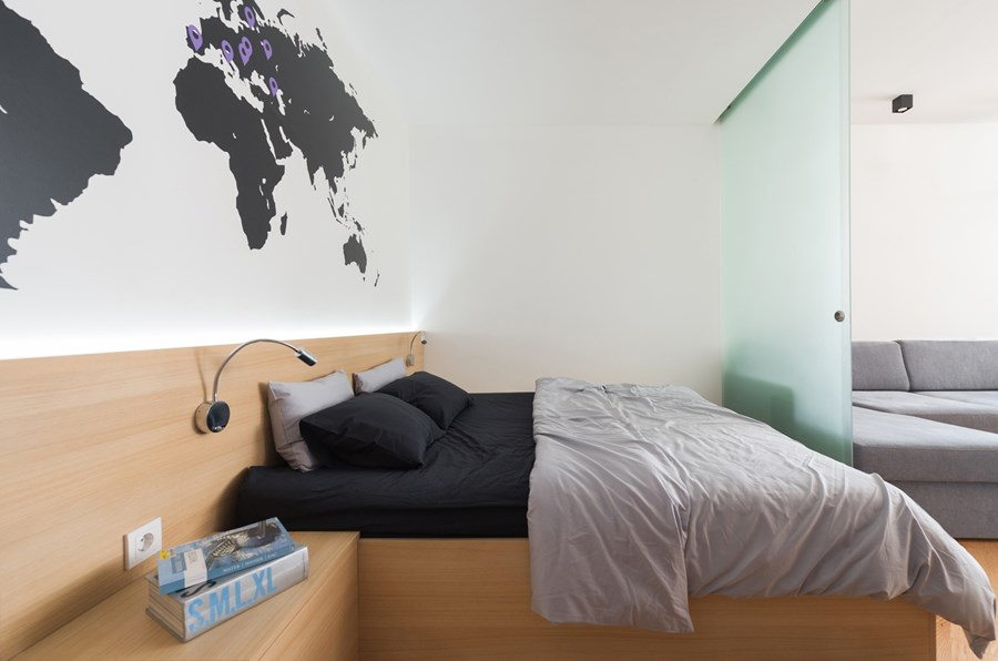 Apartment with a map by Lugerin Architects 05