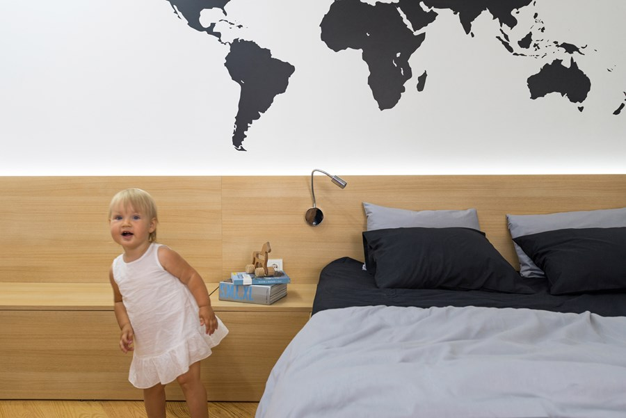Apartment with a map by Lugerin Architects 08