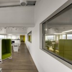 Industrial Office by DO ARCHITECTS 11