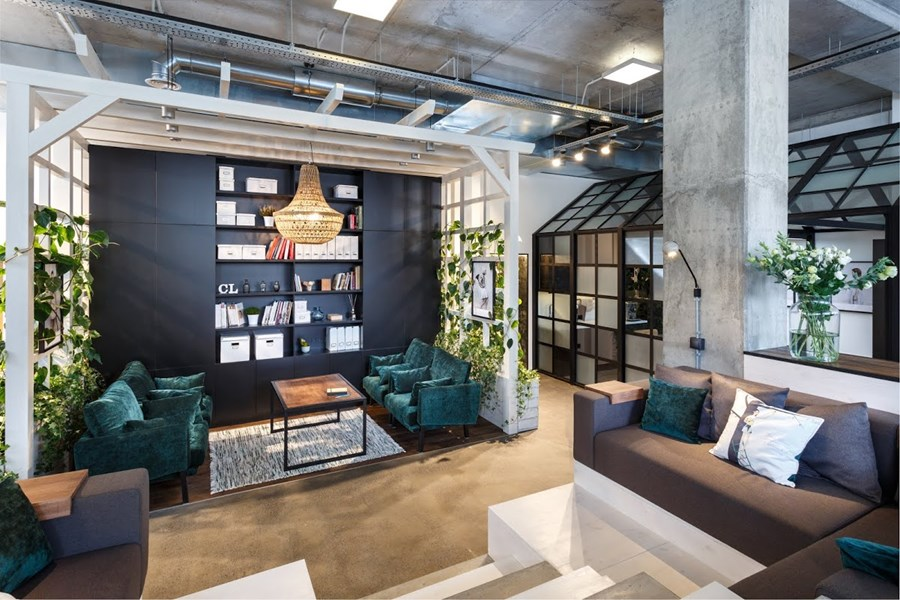 Office by Circle Line Interiors 01