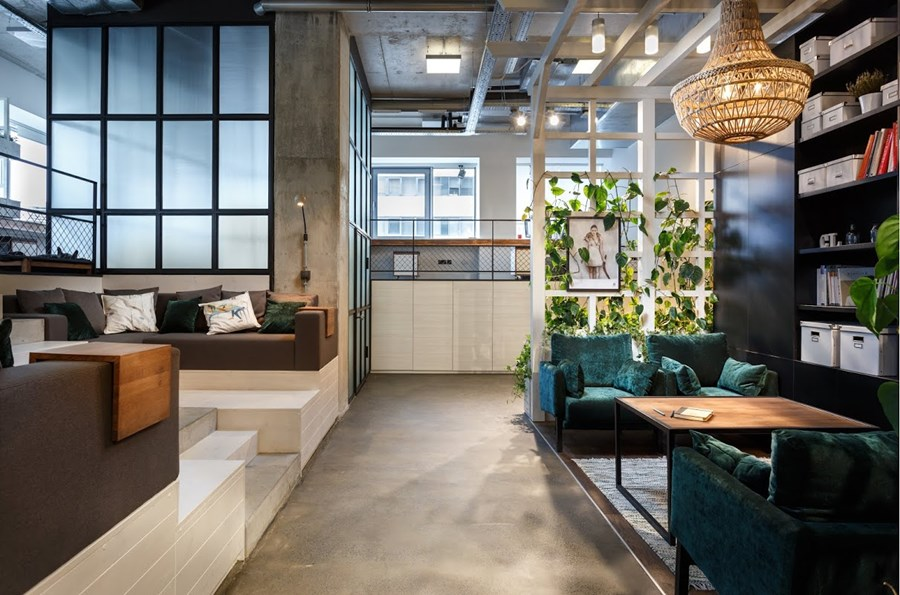 Office by Circle Line Interiors 03