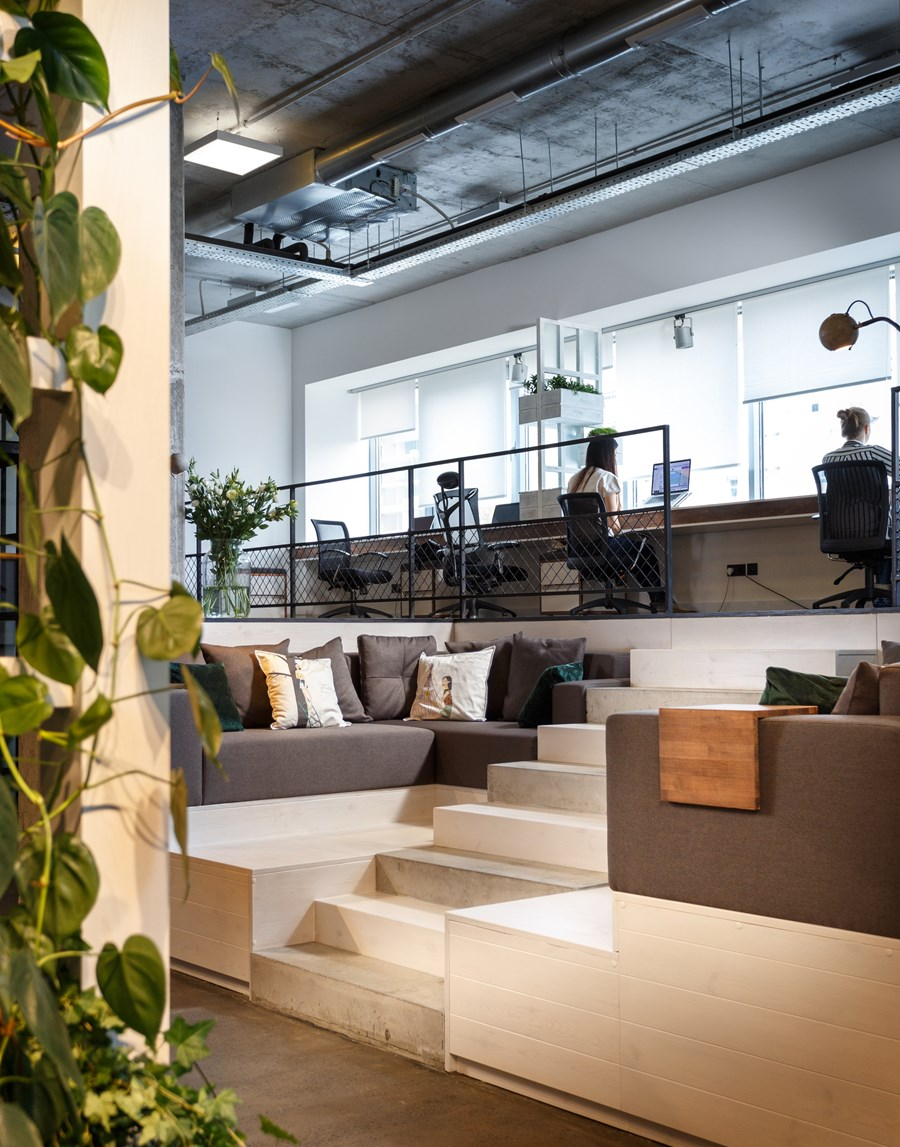 Office by Circle Line Interiors 05