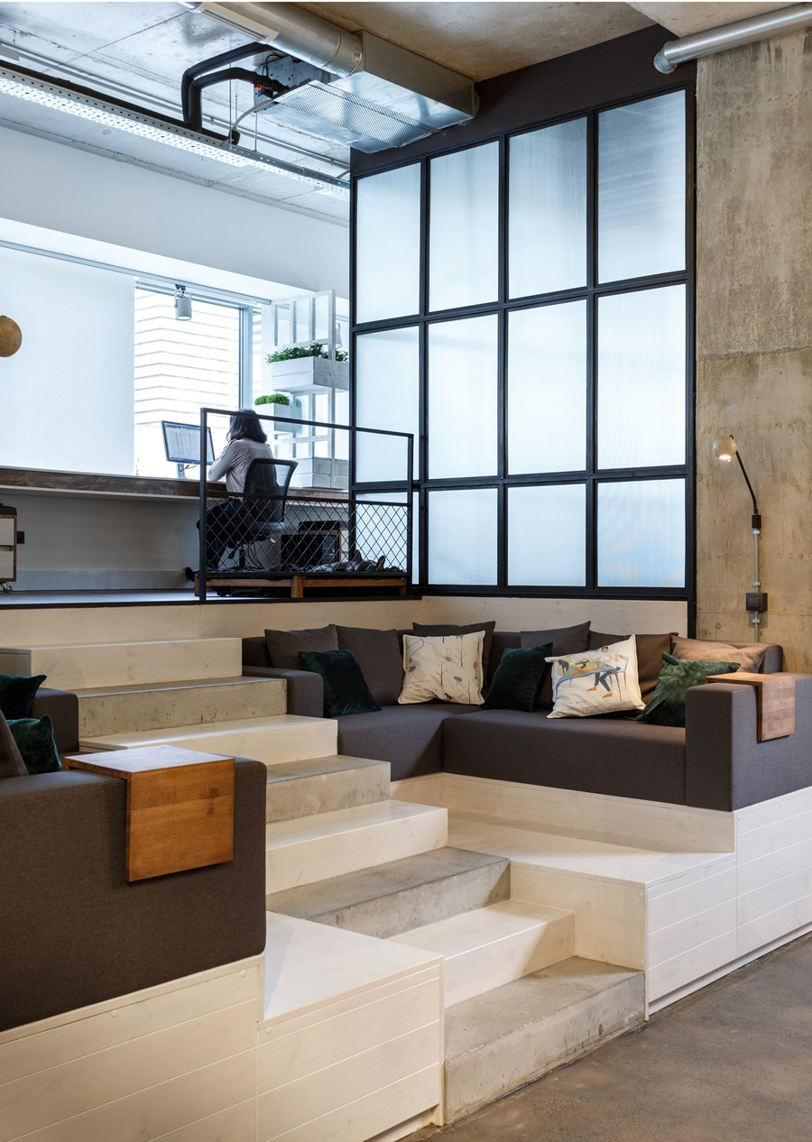 Office by Circle Line Interiors 07