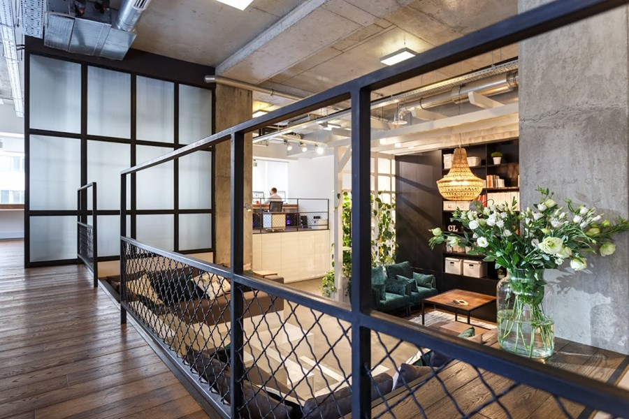 Office by Circle Line Interiors 08