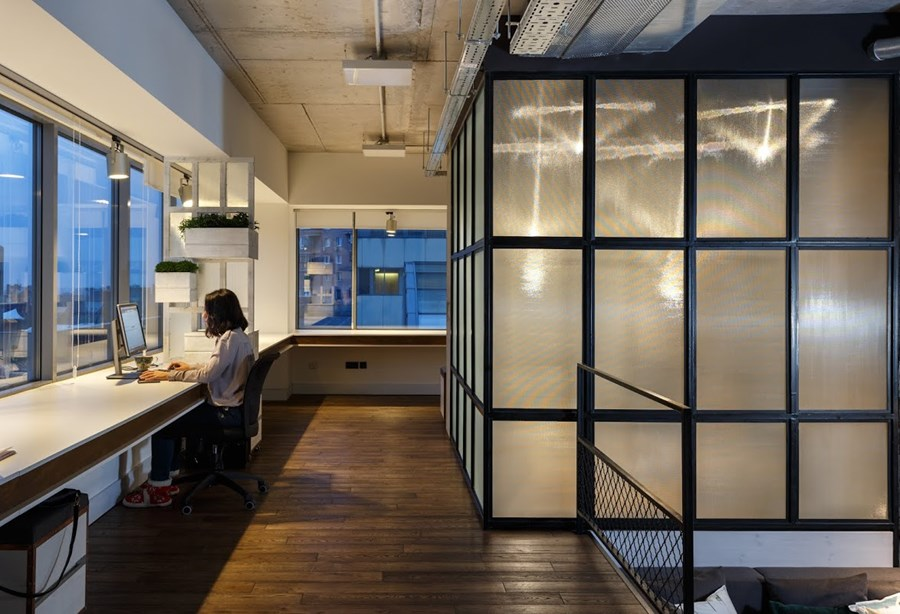 Office by Circle Line Interiors 26