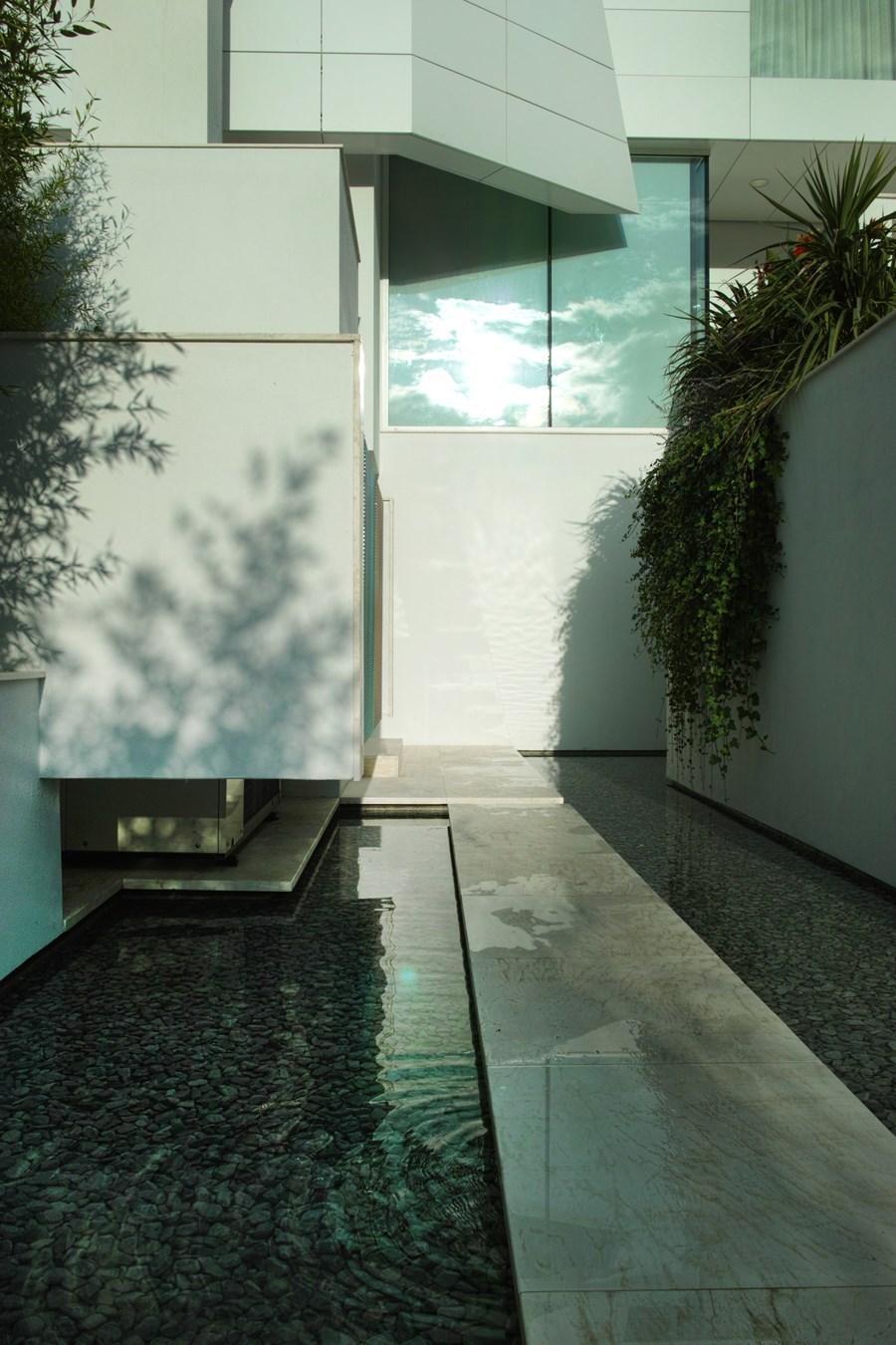 Villa N by Architettura Matassoni 20