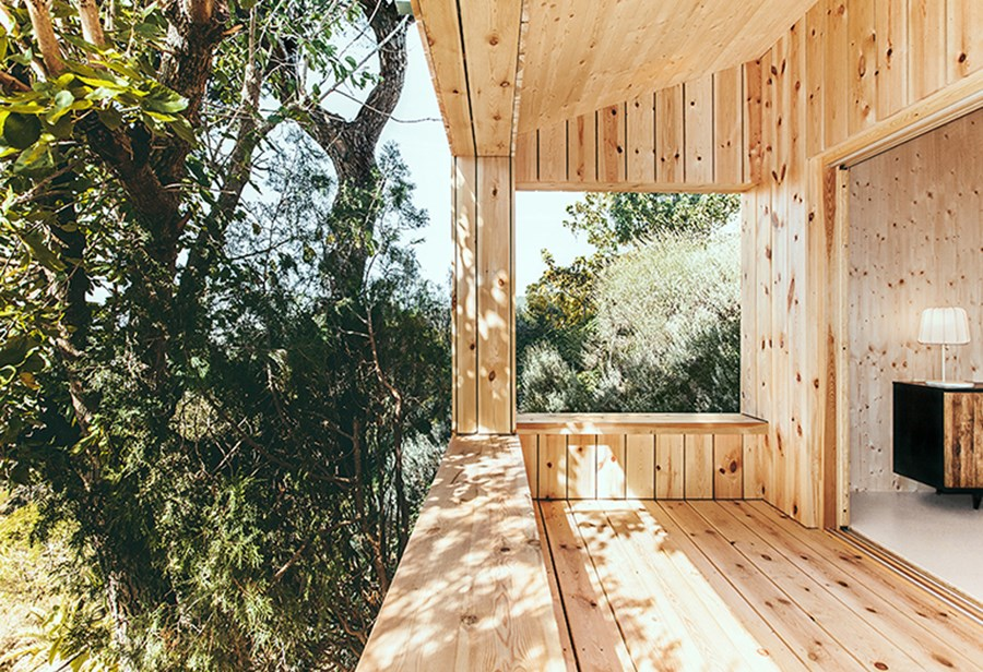 Wood Studio House by Dom Arquitectura 07
