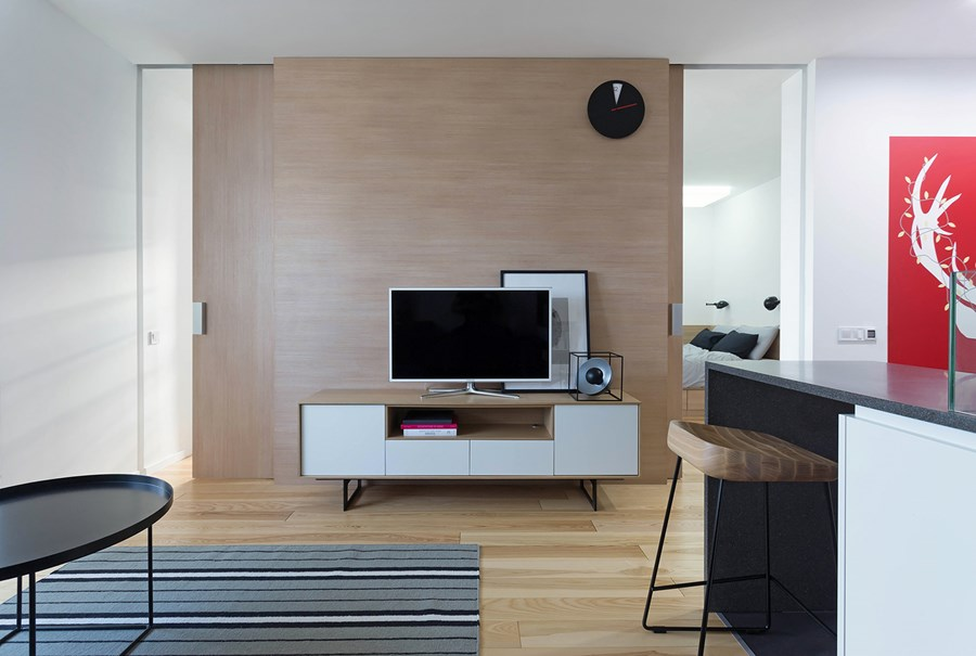 Apartment with a deer by Lugerin Architects 04