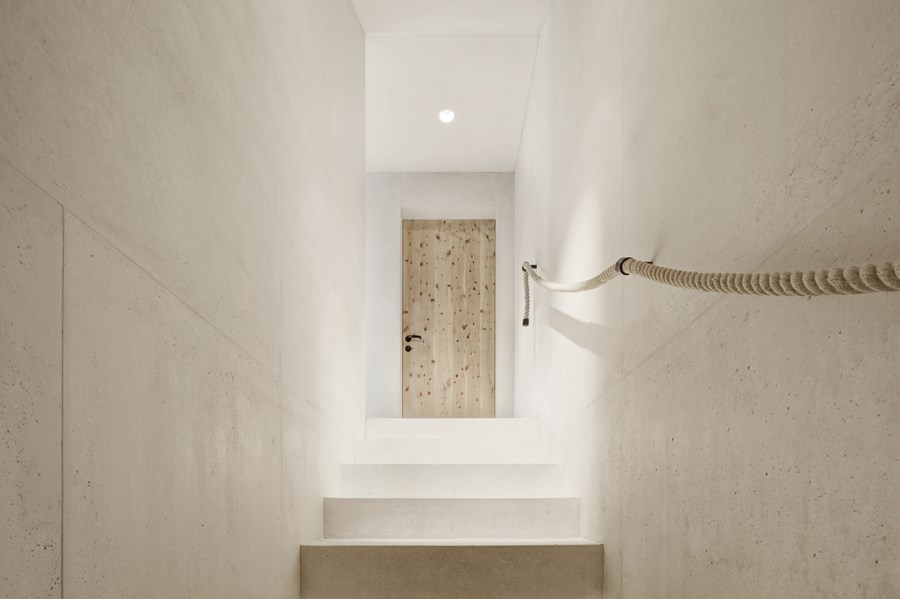 Wohnhaus Pliscia 13 by Pedevilla Architects 08
