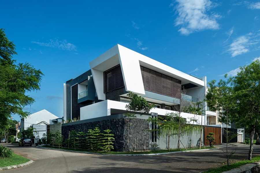B+M House by DP+HS architects 02