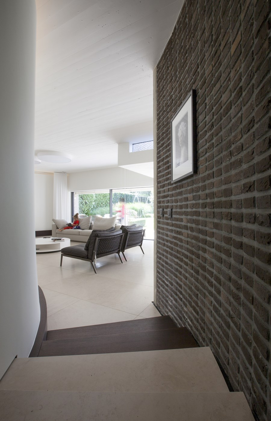 House N Hasselt by UAU collectiv 19