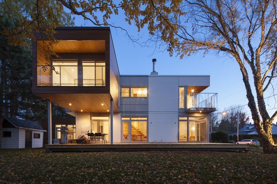 L House by CCM2 architectes 01