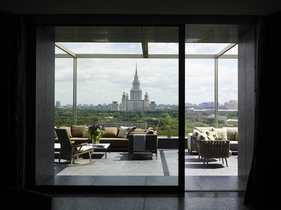 Moscow Penthouse by Mario Mazzer Architects 11