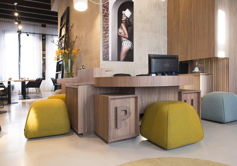 Boutique hotelin Amsterdam by Jeroen de Nijs 01