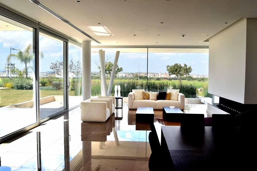 L-House by Christos Pavlou Architecture 04