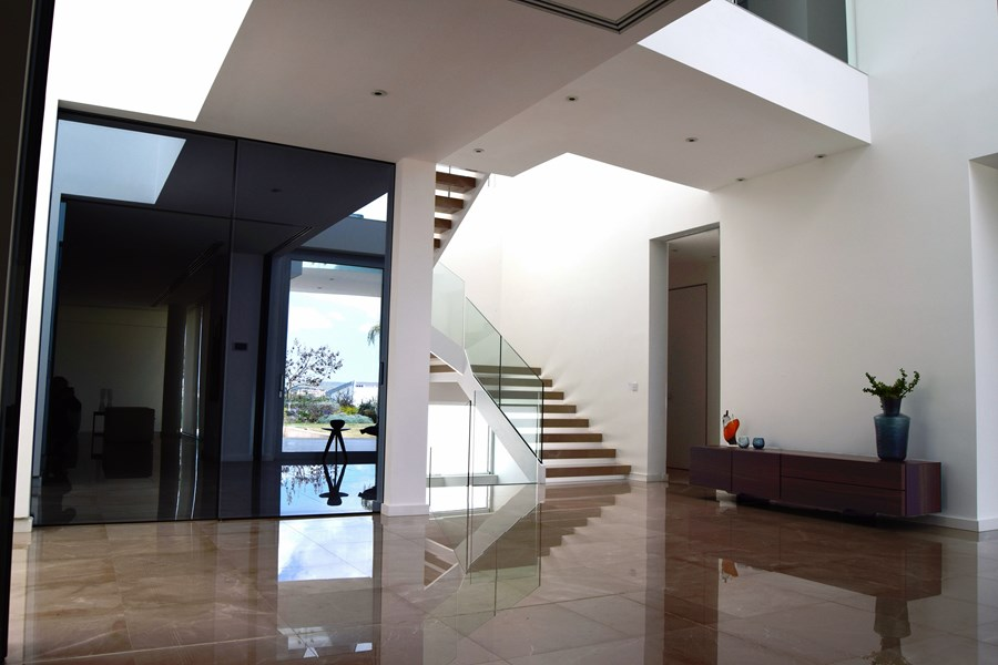L-House by Christos Pavlou Architecture 07