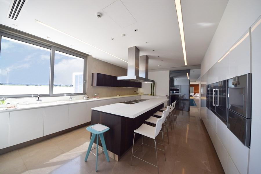 L-House by Christos Pavlou Architecture 08